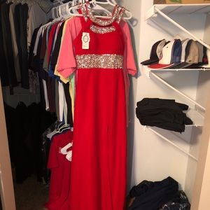Red prom dress with sequin top (SIZE 6/8)